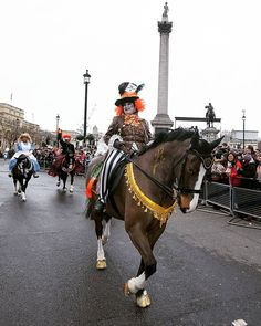 Was a Mad Hatter of an entry by the @queens_horses this year. Great work by the whole group.