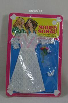 Barbie sized fashion Moden Schau clone fashion white wedding dress NRFB