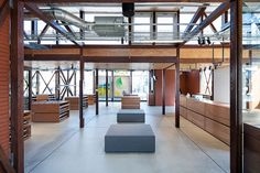 JINS Ageo / Jo Nagasaka + Schemata Architects