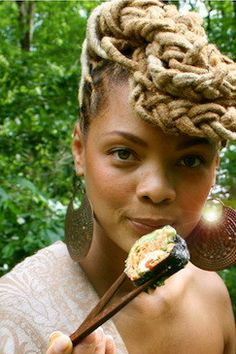 Love this Raw Food Chef's Locs  dorothyguyton:    18-15n-77-30w:    18° 15' N, 77° 30' W    Love the look