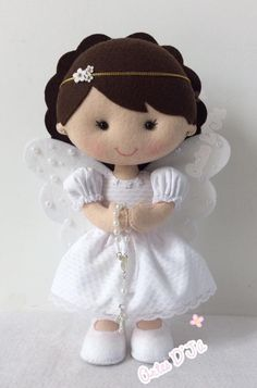 images attach d 1 132 749 Felt Crafts, Diy And Crafts, Crafts For Kids, Pregnancy Gift For Friend, Sewing Crafts, Sewing Projects, Felt Angel, Angel Crafts, Felt Patterns