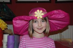 This is such a gorgeous and stylish tissue paper hat. It can be worn for loads of occasions, kept as simple or busy as you want and they are easy to make!