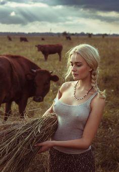 """Girl in the village"" by David Dubnitskiy - https://drscdn.500px.org/photo/174366393/q%3D80_m%3D1000/d671265c33ae0874d0ddade82409f799 Source:500px.com/david-foto"