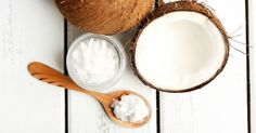 Learn the 6 Health Benefits of Oil Pulling with essential oils to improve oral hygiene and dental health, promote clear skin, boost energy and much more. Coconut Oil For Teeth, Coconut Oil Pulling, Coconut Oil Uses, Benefits Of Coconut Oil, Ear Wax Buildup, Oil Pulling Teeth, Oil Pulling Benefits, Mouthwash, Oral Hygiene