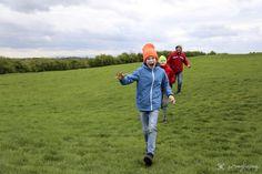 """Hill of Tara 1 of 10 fantastic spots of Irland! / Pomykamy po Hill of Tara jednym z 10 najciekawszych miejsc Irlandii. Kliknij 'Odwiedź"""" i poznaj inne nasze ulubione miejsca w Irlandii! #hilloftara #irland #pomykamy"""