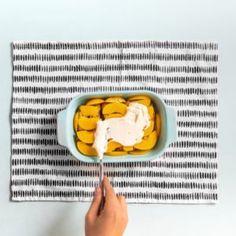 DIY Küchenrollenhalter aus Beton selber machen! Anleitung Breakfast, Food, Tetra Pak, Diy Blog, Bricolage, Save My Money, Diy Kitchen Roll Holders, Pipe Furniture, Morning Coffee