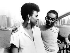 She's gotta have it. Spike Lee. 1986.- I was one of few who went to the movies to see this. Oh Nola