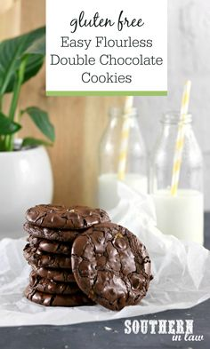 Crisp and chewy, this Easy Flourless Double Chocolate Cookies Recipe is like a cross between a meringue and cookie. All you need is four ingredients and less than half an hour of time to make these gluten free, dairy free and nut free treats. Double Chocolate Cookies, Chocolate Cookie Recipes, Chocolate Chips, White Chocolate, Gluten Free Cookie Recipes, Gluten Free Cookies, Free Recipes, Gluten Free Christmas Cookies, Homemade Food Gifts