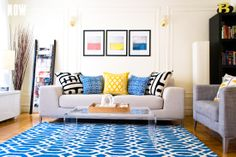 Great use of primary colors in this room for a bright, lively look