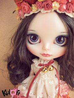 No11 Snow White custom blythe doll. $550.00, via Etsy.