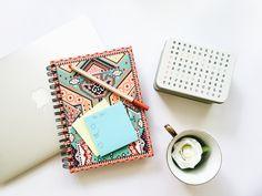 Como organizar melhor seu dia e ser mais produtivo | To do list + macbook + flatlay photography + stationery