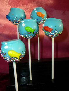 Fish bowl cake pops!