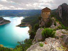 Ermita de la Pertusa, Montsec, Montrobei, Pre Pirineos de Lleida, Catalunya Iglesias, Amazing Places, Planes, The Good Place, Spain, Camping, Urban, Water, Travel