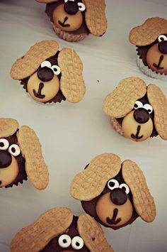 Puppy cup cakes
