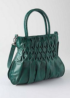 4985722ec6c7 20 Best Women s Handbags images