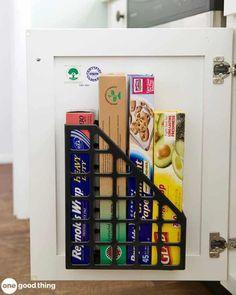 Diy Kitchen Storage, Kitchen Cabinet Organization, Diy Storage, Kitchen Hacks, Kitchen Cabinets, Kitchen Ideas, Kitchen Counters, Kitchen Islands, Kitchen Inspiration