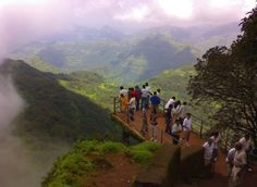 Mahabaleshwar, Maharashtra Located in the in Maharashtra, Mahabaleshwar is one of the most popular tourist places to visit in August in India and the largest hill stations in the Sayadri range. Most of the tourists usually avoid this place in the monsoon season due to the torrential rains. But this is also the time when the beauty and greenery of Mahabaleshwar is enhanced, if you want to enjoy the cool, foggy, lush green environment, then head over to this beautiful hill station in August…