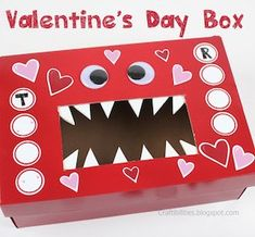 Valentines For Boys, Valentine Box, Valentine Day Crafts, School Bag Storage, Crafts To Do, Woodworking Projects, Boy Or Girl, The 100, Creative