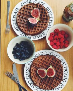「 Chocolate waffles by @plantbased_pixie   Recipe as posted on plantbased-pixie.com: Makes 2 waffles – either for 2 people, or make one now and save one… 」