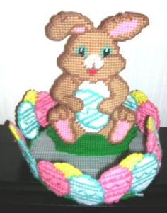 plastic canvas  | ... :: Easter :: Easter Bunny Centerpiece Egg Holder Plastic Canvas