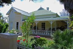 Camdeboo Gallery - The Karoo, South Africa Home Made Glue, Cottage Style, Farmhouse Style, Beaufort West, Travel Info, Aberdeen, Nature Reserve, Beautiful Buildings, South Africa