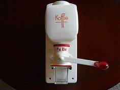 Vintage Pe De Koffie Coffee Mill Coffee Grinder Antique Kitchen Porcelain Works