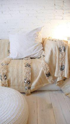 Handira  Vintage Moroccan Wedding Blanket  large por lacasadecoto, €260.00