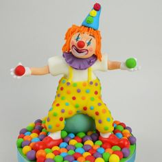 Clown Figure Modelling - Rosie Cake-Diva