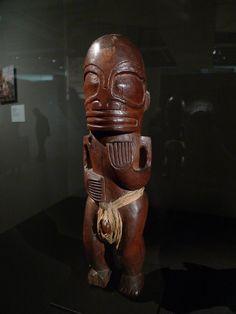 Exposition « Matahoata, arts et société aux îles Marquises » au musée du quai Branly, Paris (du 12 avril 2016 au 24 juillet 2016).