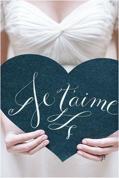 je taime wedding signage | Image by Le Secret d'Audrey, read more http://www.frenchweddingstyle.com/romantic-small-wedding-paris/