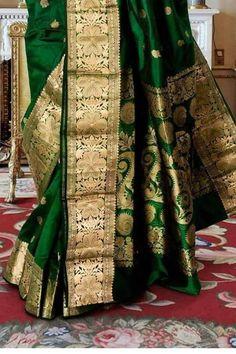 Bottle Green Saree, Maharashtrian Saree, Katan Saree, Baby Girl Dress Patterns, Designer Silk Sarees, Indian Bridal Fashion, Stylish Sarees, Saree Dress, Saree Blouse