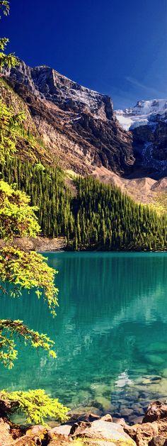 Lake Moraine, Banff Park, Alberta, Canada