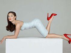 Kristen Kreuk bottoms up in a bustier dress and striking red high heels ~ Best Celebrity Legs in High Heels