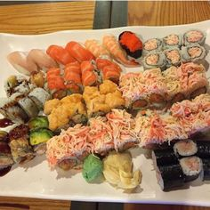 Now that is some seriously beautiful looking sushi Double tap if you just want to eat all this sushi! Via: @sushiloveforever # s