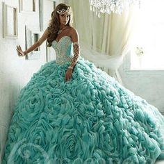 Vestido-De-15-anos-De-Debutante-Vestido-princesa-grande-Floral-plissado-da-saia-Quinceanera-vestidos-De.jpg_640x640.jpg…