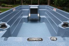 Endless Pools Swim Spa, luxury spa and exercise pool all in one! Swim against the current for a great workout and relax in contoured jetted seats. Endless Pools, Small Spa, Small Swimming Pools, Luxury Spa, Hot Tubs, Sun Room, Pool Houses, Pool Ideas, Outdoor Ideas