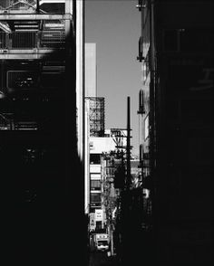 "ishikorokoroishi:  """"street photo"" #streetphotography#japan#life_is_street#monotone#monochrome#blackandwhite#bwphotography#bnwphotography#bw_lover#bnw_photo#bnw_love#bnw_life#bnw_captures#bnw_society#insta_bw#ig_bw#写真好きな人と繋がりたい#白黒写真#街撮り#love#peace..."