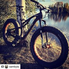 Sam's Thumper wheel set has a new full-suspension home! Looking amazing, man! . . . #thumperwheels #orangesealed #dirtcomponents #fatbike #fatbikes #fatbiking #i9 #industrynine #orange . . #Repost @sambyla with @repostapp . . . @dirtcomponents the #thumper wheelset has finally found it's home! Wheels and the bike are pure awesomeness together! #lamerecycles #dirtcomponents