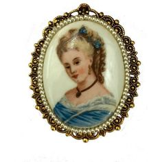 Lady portrait vintage brooch, Porcelain vintage brooch pendant, Cameo... ($18) ❤ liked on Polyvore featuring jewelry, vintage jewelry, vintage cameo pendant, rock and roll jewelry, vintage cameo jewelry and rock n roll jewelry