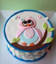 Owl on a tree. Mango tango pound cake with citrus Swiss meringue butter cream. All fondant decorations. Pretty Cakes, Cute Cakes, Beautiful Cakes, Amazing Cakes, Owl Cakes, Cupcake Cakes, Ladybug Cakes, Fruit Cakes, Owl Cake Birthday