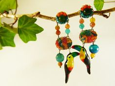 Toucan earrings agate tissue  tropical birds earrings
