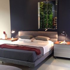 How are we supposed to get any work done when @de_padova's gorgeous and inviting Sleeping Car bed is in our direct line of sight? designed by #VicoMagistretti. #Depadova #sleepingcar #bedroom #bed #homedecor #interiordesign