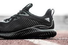 pretty nice 4e3cb 84c05 Nike Air Max 1 Pinnacle Pack - Sneaker Freaker