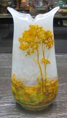 Art Nouveau Glass by Emile Galle and Daum - So-Nouveau.com