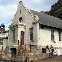 There is a coastal walk from Muizenberg to Kalk Bay that includes the historical mile. This part of the walk features some wonderful historical buildings including the SA Police Museum, Natale Labia, Het Posthuys, which dates back to 1742 and is one of the oldest buildings in South Africa built by the Dutch East India Company as a toll house, and Rhodes Cottage. This is where Cecil John Rhodes spent his last days. This old building is next to where the SA Police Museum was. by Elizabeth…