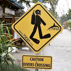 Caution! Divers crossing at 7SEAS Dive Gili repost @mdladominguez #giliair #giliislands #lombok #lombokisland #bali #thegiliguide #thebalibible #gotogili #newbali #dive #diving #instadive #scubadiving #divemaster #idc #padi #sea #sealovers #explore #indonesia #instagood #gopro #fundive #holidays