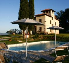 Stunning villa with swimming pool near San Gimignano