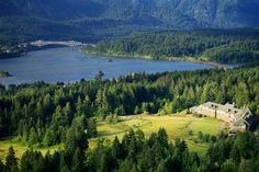 Romantic Oregon getaways; Destinations across Oregon offering special Valentine's packages featuring Skamania Lodge