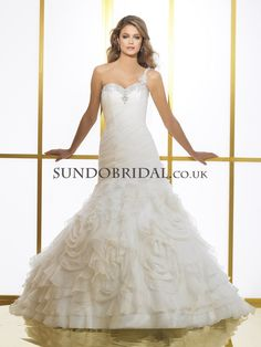 Ball Gown Floor-length Court Train One Shoulder Organza Wedding Dress(SD02033)