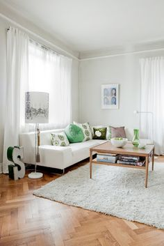 living room decoration green